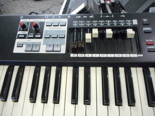 Store Special Product - HAMMOND - 73 KEY SINGLE MANUAL ORGAN